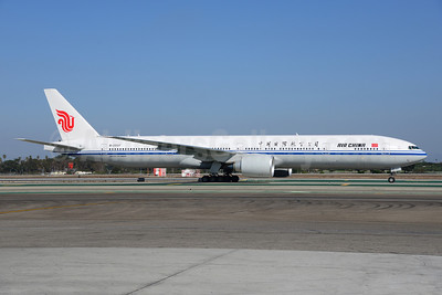 Air China Boeing 777-39L ER B-2037 (msn 38677) LAX (Ton Jochems). Image: 921383.
