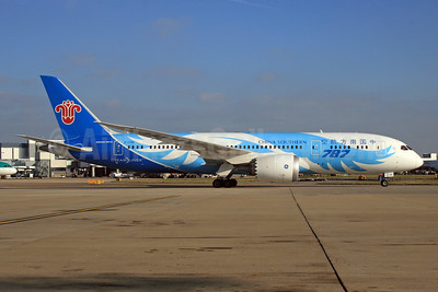 China Southern Airlines Boeing 787-8 Dreamliner B-2788 (msn 34932) LHR. Image: 926519.