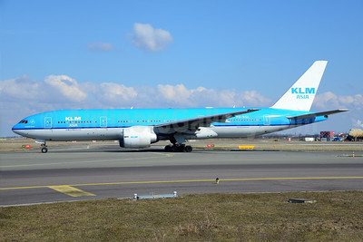 KLM Asia (KLM Royal Dutch Airlines) Boeing 777-206 ER PH-BQL (msn 34711) AMS (Ton Jochems). Image: 913107.
