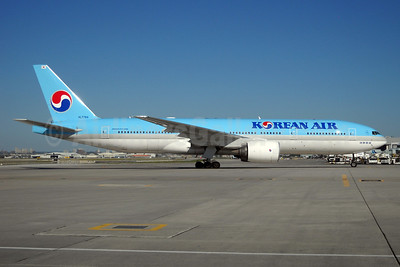 Korean Air Boeing 777-2B5 ER HL7764 (msn 34214) YYZ (TMK Photography). Image: 913549.