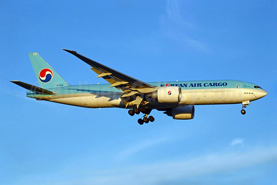 Korean Air Cargo Boeing 777-FB5 HL8226 (msn 37640) YYZ (TMK Photography). Image: 923081.