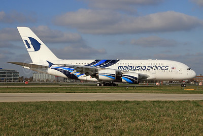 Malaysia Airlines Airbus A380-841 9M-MNC (msn 084) LHR. Image: (27433.