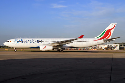 SriLankan Airlines Airbus A330-343 4R-ALM (msn 1583) LHR. Image: 927710.