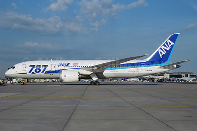 ANA (All Nippon Airways) Boeing 787-8 Dreamliner JA813A (msn 34521)