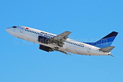 Avia Traffic Company Boeing 737-3Y0 EX-37005 (msn 24681) DME (OSDU). Image: 907839.