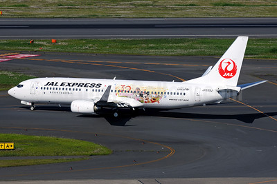 JAL-JAL Express Boeing 737-846 WL JA339J (msn 40354) (Tokyo Disney Resort - 30th Anniversary) HND (Akira Uekawa). Image: 912023.