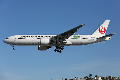 JAL-Japan Airlines Boeing 777-246 JA707J (msn 32894) (Contrail) SAN (James Helbock). Image: 910915.