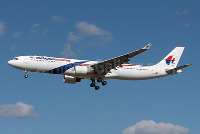 Malaysia Airlines Airbus A330-323X F-WWCM (9M-MTJ) (msn 1347) TLS Olivier Gregoire). Image: 909662.