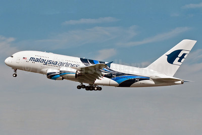 Malaysia Airlines Airbus A380-841 9M-MNB (msn 081) LHR (Rob Skinkis). Image: 909180.