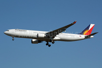 Philippines (Philippine Airlines) Airbus A330-301 RP-C3340 (msn 203) NRT (Michael B. Ing). Image: 901657.