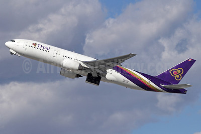 Thai Airways International Boeing 777-2D7 ER HS-TJW (msn 34591) LAX (Michael B. Ing). Image: 911223.