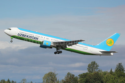 Uzbekistan Airways Boeing 767-33P ER UK67006 (msn 40535) PAE (Nick Dean). Image: 912581.