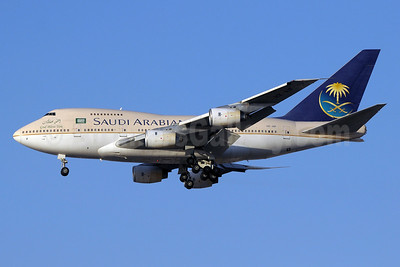 Saudi Arabian Airlines Boeing 747SP-68 HZ-AIF (msn 22503) DXB (Paul Denton). Image: 911391.