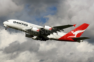 QANTAS Airways Airbus A380-842 VH-OQF (msn 029) LHR (SPA). Image: 927017.