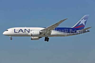 LAN Airlines (Chile) Boeing 787-8 Dreamliner CC-BBF (msn 38476) LAX (James Helbock). Image: 926054.