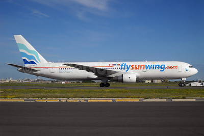 Sunwing Airlines (flysunwing.com) (euroAtlantic Airways) Boeing 767-3Y0 ER CS-TFS (msn 25411) YYZ (TMK Photography). Image: 908694.