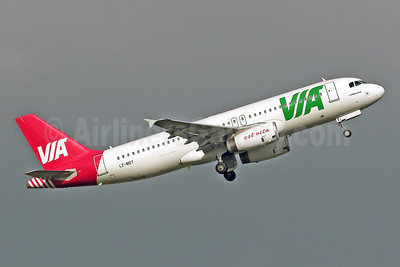 Air VIA Bulgarian Airways Airbus A320-232 LZ-MDT (msn 2108) SEN (Keith Burton). Image: 901111.
