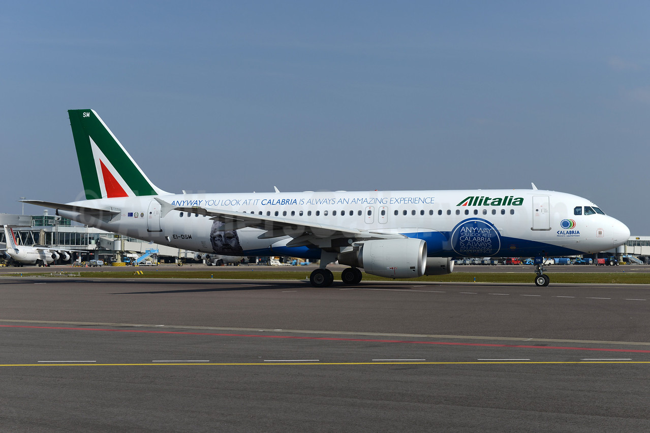 Alitalia (2nd) (Compagnie Aerea Italiana) Airbus A320-216 EI-DSM (msn 3362) (Calabria - Anyway you look at it Calabria is always an amazing experience) AMS (Ton Jochems). Image: 922525.