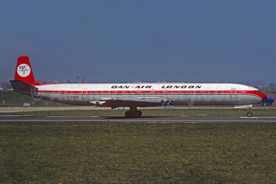 Dan-Air London (Dan-Air Services) de Havilland DH.106 Comet 4B G-BBUV (msn 06451) (Christian Volpati Collection). Image: 921652.