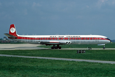 Dan-Air London (Dan-Air Services) de Havilland DH.106 Comet 4C G-BDIT (msn 06467) LGW (Richard Vandervord). Image: 921653.
