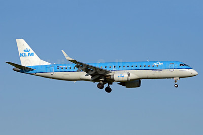 KLM Cityhopper Embraer ERJ 190-100LR PH-EZG (msn 19000315) AMS (TMK Photography). Image: 920503.