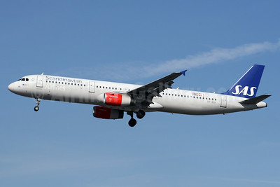 Scandinavian Airlines-SAS Airbus A321-232 OY-KBF (msn 1807)