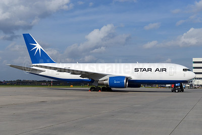 New color scheme for Star Air