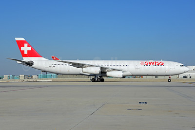 Swiss International Air Lines Airbus A340-313X HB-JMF (msn 561) LAX (Ton Jochems). Image: 921548.