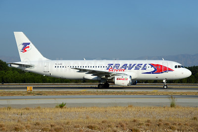 Travel Service Airlines (Czech Republic) (SmartLynx Airlines) Airbus A320-211 YL-LCD (msn 359) AYT (Ton Jochems). Image: 920777.