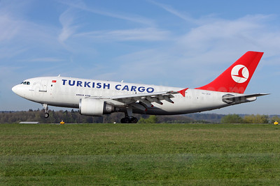 Turkish Cargo (Turkish Airlines) Airbus A310-304 (F) TC-JCZ (msn 480) ZRH (Andi Hiltl). Image: 922622.