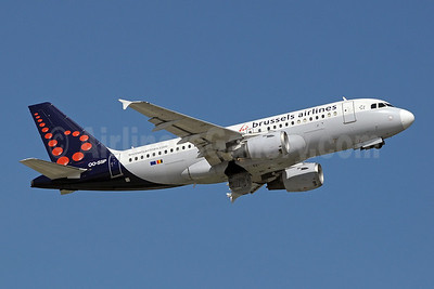 Brussels Airlines Airbus A319-113 OO-SSP (msn 644) GVA (Paul Denton). Image: 910146.
