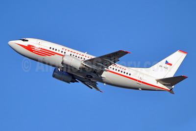 Ceskoslovenske Aerolinie (CSA-Czech Airlines) Boeing 737-55S OK-XGC (msn 26541) (red 1957 retrojet) BRU (Karl Cornil). Image: 910068.