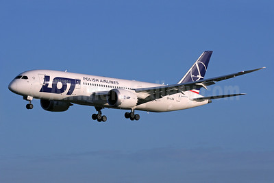 LOT Polish Airlines Boeing 787-8 Dreamliner SP-LRA (msn 35938) LHR (Antony J. Best). Image: 910421.