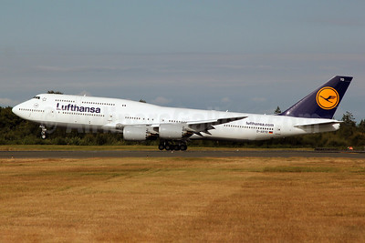 Lufthansa Boeing 747-830 D-ABYD (msn 37829) PAE (Nick Dean). Image: 909172.