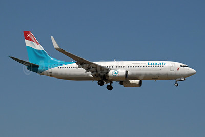 Luxair-Luxembourg Airlines Boeing 737-8K5 WL LX-LGT (msn 28228) AYT (Paul Denton). Image: 909678.