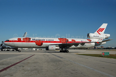 Martinair Cargo McDonnell Douglas MD-11 (F) PH-MCU (msn 48757) (red roses) MIA (Bruce Drum). Image: 100194.