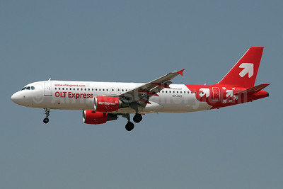 OLT Express (Poland) Airbus A320-214 SP-IAG (msn 2668) AYT (Paul Denton). Image: 908895.