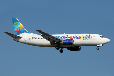 Small Planet Airlines (Lithuania) Boeing 737-322 LY-AQX (msn 24664) AYT (Paul Denton). Image: 910957.