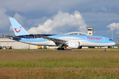 Thomson Airways Boeing 787-8 Dreamliner G-TUIC (msn 34424) PAE (Nick Dean). Image: 912551.