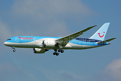 Thomson Airways Boeing 787-8 Dreamliner G-TUIA (msn 34422) MAN (Nik French). Image: 912411.