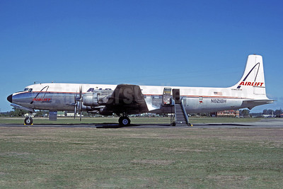 Airlift International Douglas DC-7C (F) Seven Seas N8218H (msn 45191) Richmond (Jacques Guillem Collection). Image: 921334.