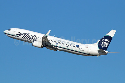 Alaska Airlines Boeing 737-990 ER WL N403AS (msn 41189) (Supporting Education - Helping Dream Soar) LAX (Michael B. Ing). Image: 921272.