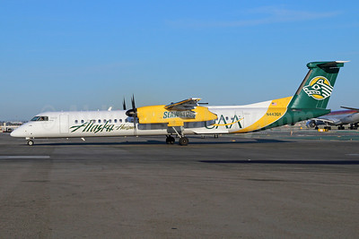 Alaska Horizon (Horizon Air) Bombardier DHC-8-402 (Q400) N443QX (msn 4353) (UAA Seawolves - University of Alaska Anchorage) LAX. Image: 922544.