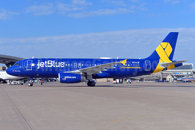"JetBlue Airways honors veterans with ""Vets in Blue"" logo jet"