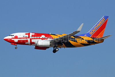 Southwest Airlines Boeing 737-7H4 WL N214WN (msn 32486) (Maryland One) LAX (Michael B. Ing). Image: 921292.