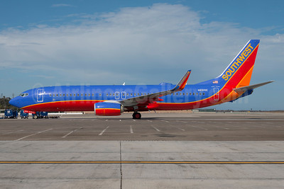 Southwest Airlines Boeing 737-8H4 WL N8305E (msn 36683) LAX (Roy Lock). Image: 913770.