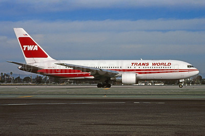 TWA-Trans World Airlines Boeing 767-231 ER N606TW (msn 22569)  LAX (Roy Lock). Image: 913172.