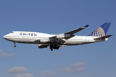 United Airlines Boeing 747-422 N107UA (msn 26900) LAX (Michael B. Ing). Image: 921567.