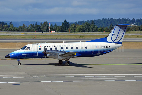 United%20Express-SkyWest%20EMB-120%20N58