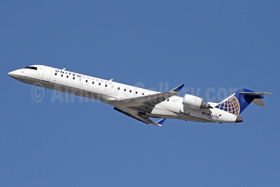 United Express-SkyWest Airlines Bombardier CRJ700 (CL-600-2C10) N765SK (msn 10231) LAX (Michael B. Ing). Image: 913859.
